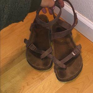 Birkenstock Yara Sandal with ankle strap 36